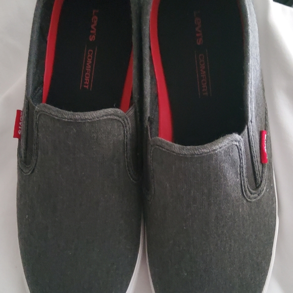 Levi's casual shoes